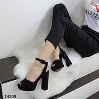 Стильные женские босоножки на толстом каблуке со стразами и платформе замшевые черные, фото 1