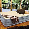 Двухспальная надувная кровать со встроенным электронасосом Bestway 67486 (размер 203-152-46 см), фото 7