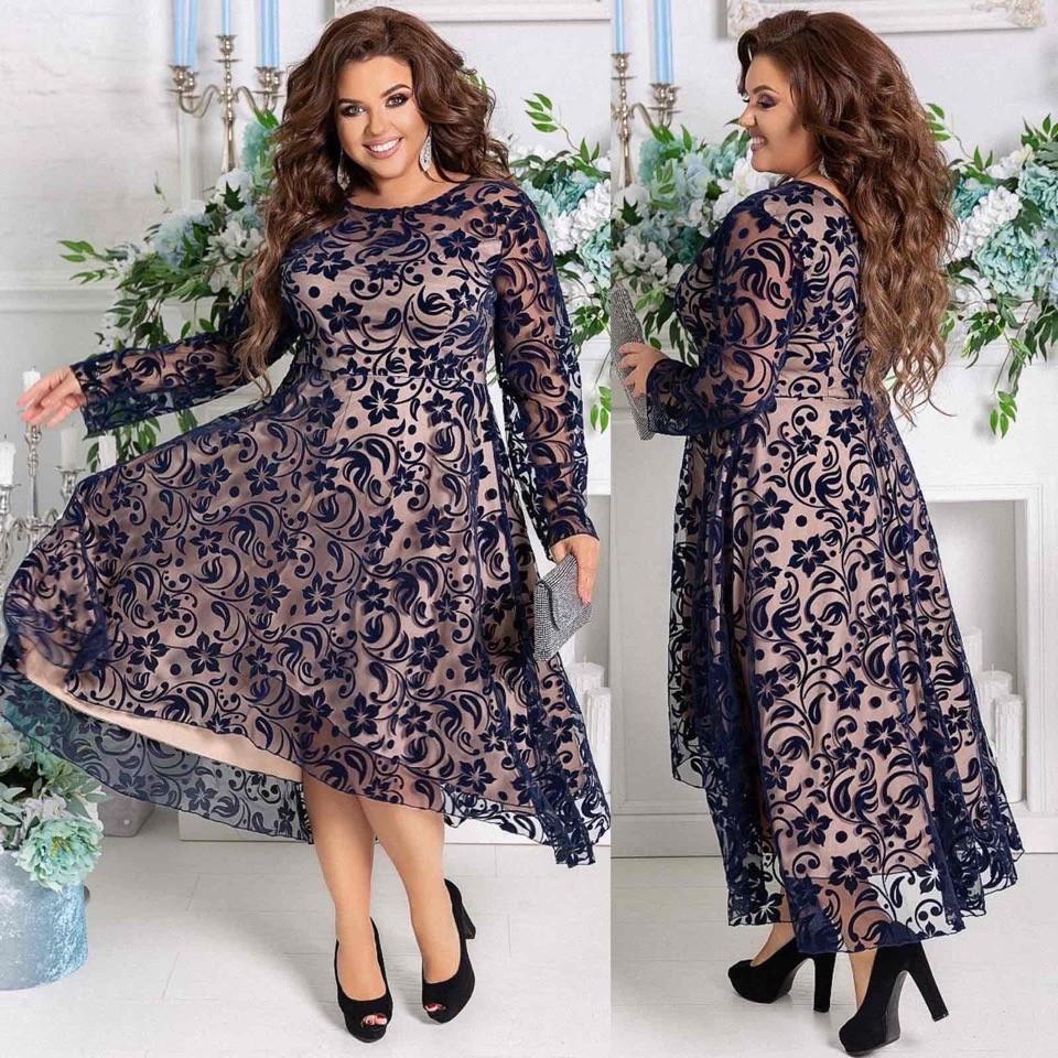 Красивое приталенное женское платье с отделкой сетки с узором  48-50, 52-54, 56-58, 60-62
