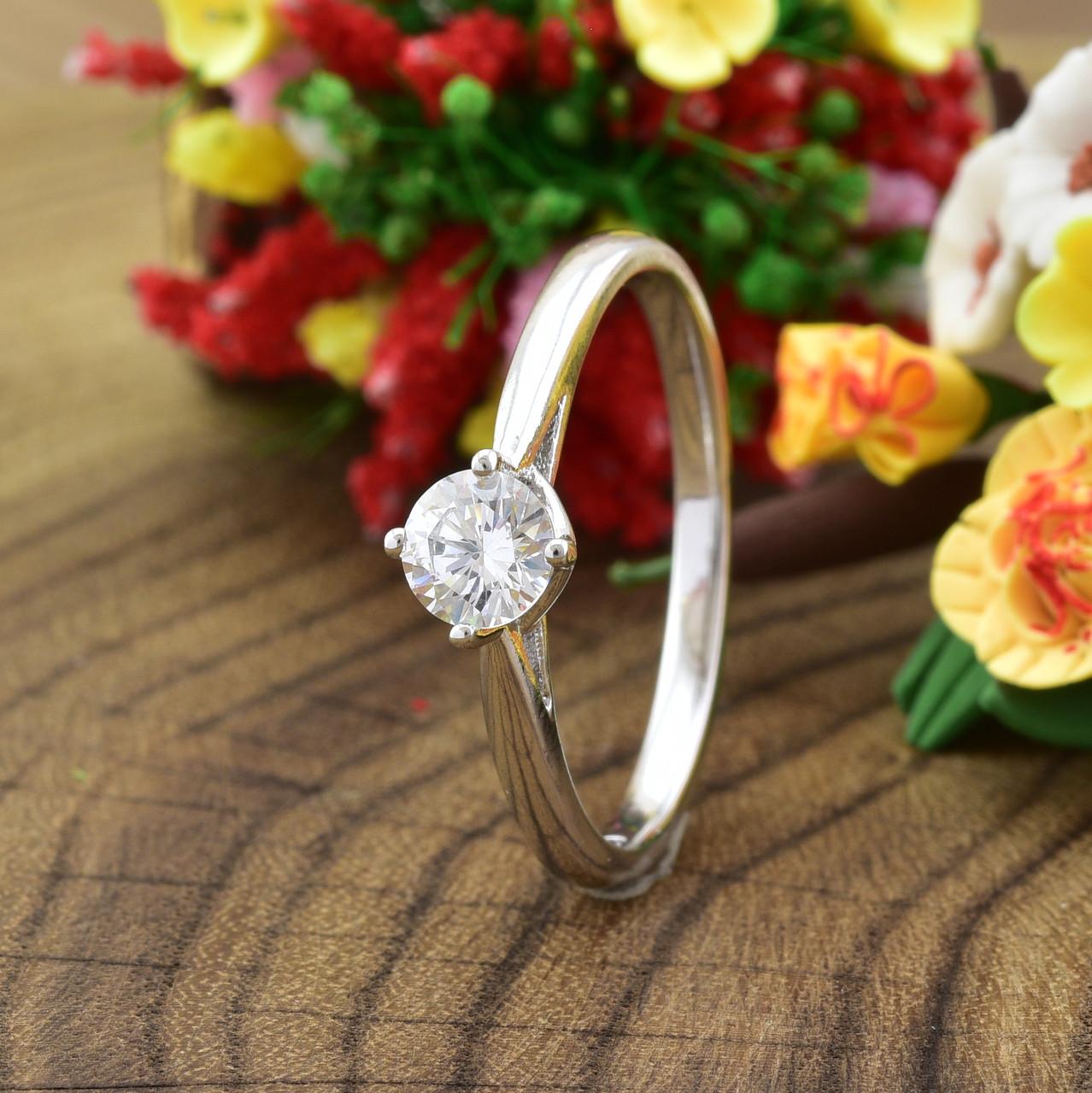 Кольцо Xuping 14283 размер 19 ширина 6 мм вес 1.8 г белые фианиты позолота БЗ