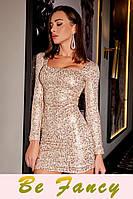 Короткое мерцающее платье