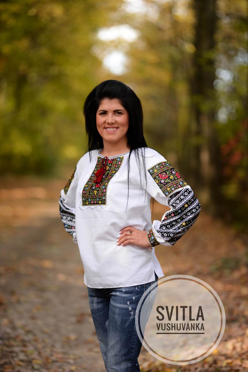 Українська жіноча вишита сорочка на довгий рукав із багатою вишивкою на довгих рукавах «Пейзажна»