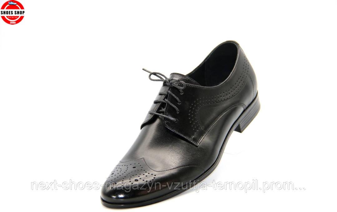 Чоловічі туфлі TAPI (Польща) чорного кольору. Ідеально підходять під класичний костюм.