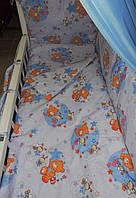 """Защита в детскую кроватку """"Мишки с пчелками на луне"""", бортик на 4 стороны. Голубой, фото 1"""