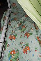 """Защита в детскую кроватку """"Мишки с пчелками на луне"""", бортик на 4 стороны. Зеленый, фото 1"""