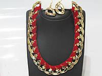 """Колье набор цепь """"золотая"""" с красной лентой и сережки в виде звеньев , защелка на карабинчике"""