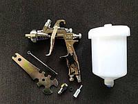 Краскопульт пневматический LVLP верхний бак d форсунки -1,3мм AUARITA MP-500-1.3