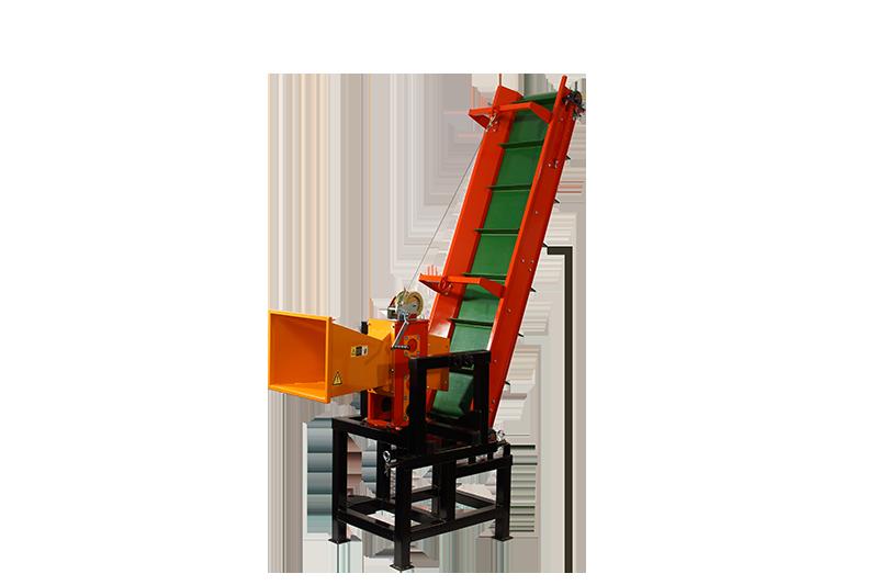 Измельчитель веток: 2В-120ТК с конвейерной лентой 2м (Трактор от 25л.с) под ВОМ трактора