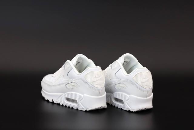 Кроссовки Nike Air Max 90 белого цвета фото
