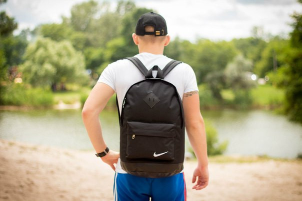 Стильный рюкзак, эффектный, модный