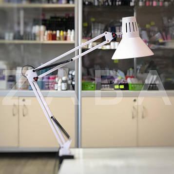 Настольная лампа на струбцине, белая