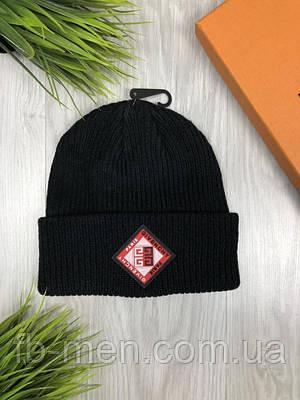 Шапка в стиле Живанши с логотипом   Зимняя мужская шапка Живанши с логотипом черного цвета