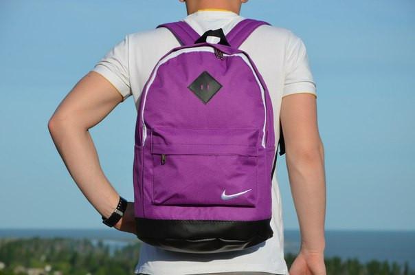Стильный рюкзак, эффектный, яркий
