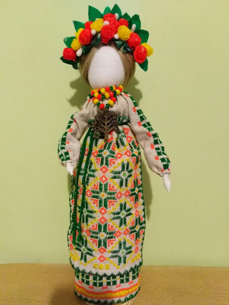 Лялька - мотанка з восковим віночком