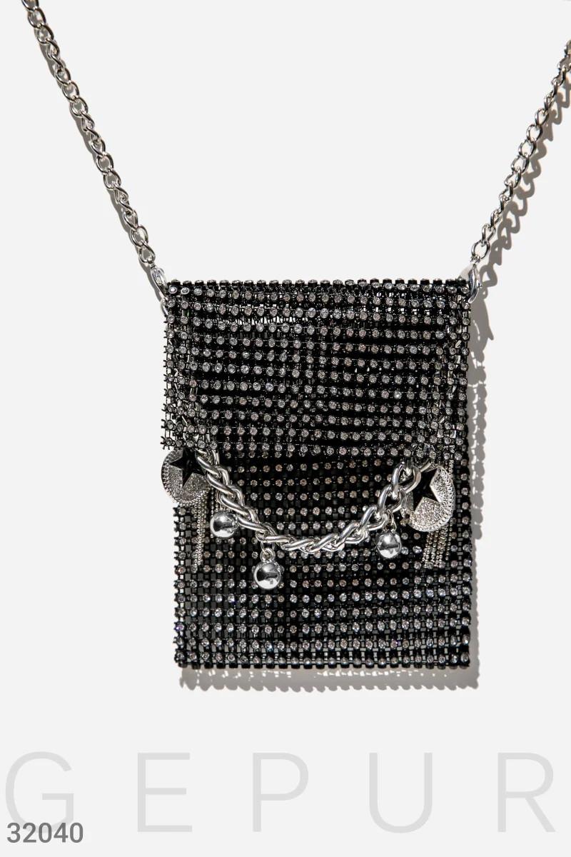 Эффектная женская сумка с камнями