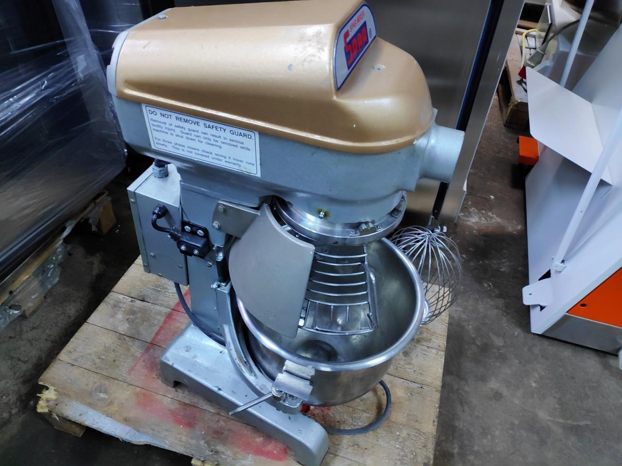 Миксер планетарный Spar Mixer SP-200 б/у