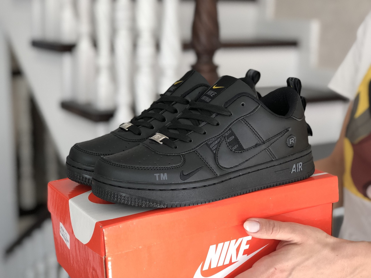 Женские кроссовки Nike Air Force (черные) 9101