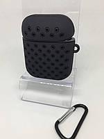 Силиконовый чехол для AirPods 1 2 с карабином и заглушкой black