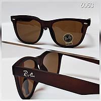 Солнцезащитные очки Ray ban коричневые в матовой оправе