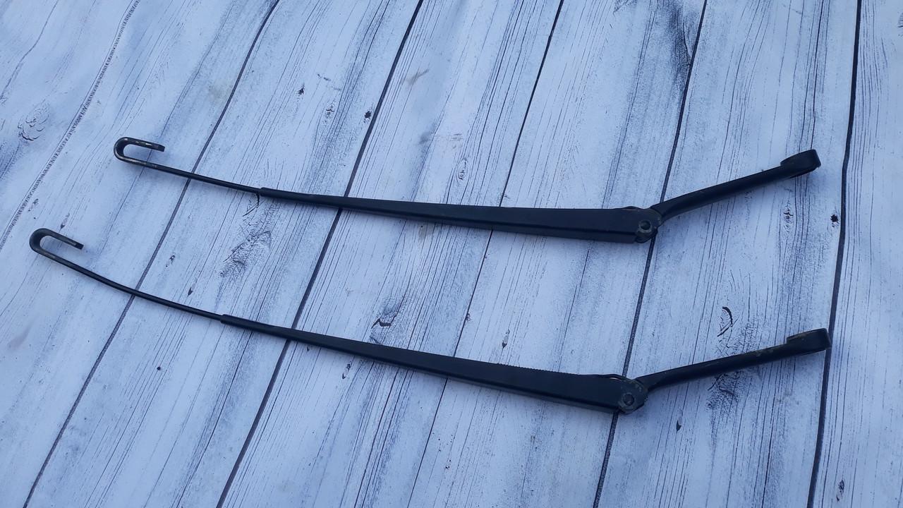 Поводок рычаг стеклоочистителя дворника передний левый правый audi a6 c5 ауди а6 с5 4B1955408A 4B1955407A