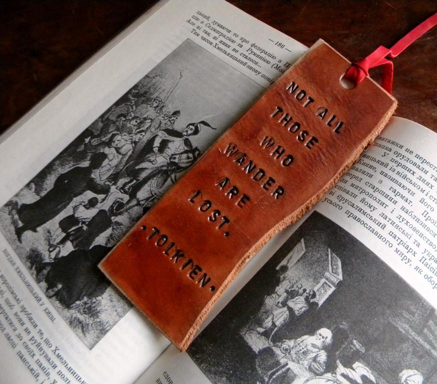 Закладки для книг из кожи