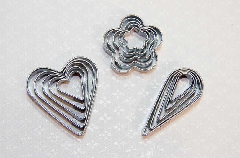 """Мини-каттеры """"сердца"""",набор из 5 шт.разного размера"""