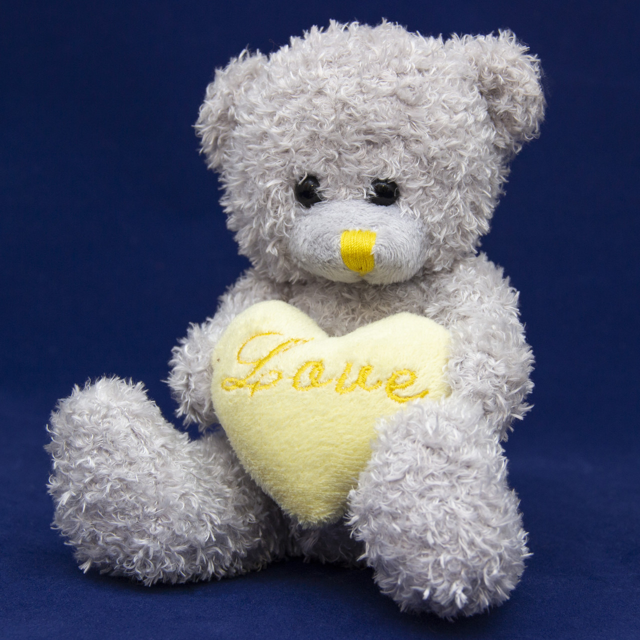 Мишка с сердечком, 15 см (042518)