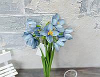 Букет крокусов пастельно-голубых