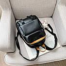 Рюкзак кожаный женский с брелком мишка черный Ginva., фото 3