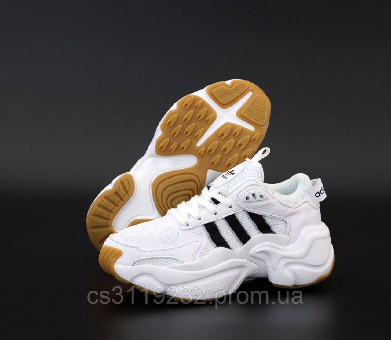Мужские кроссовки Adidas Consortium x Naked Magmur Runner White (белые)