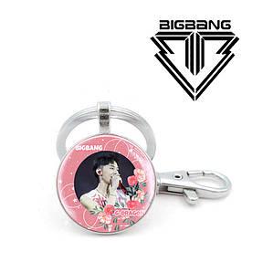 """Брелок K-Pop Big Bang """"G - Dragon"""" с цветами"""
