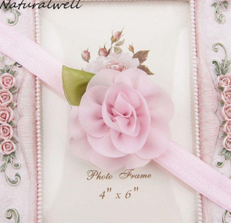 Детская повязка светло-розовая - размер универсальный (на резиночке), размер цветка 5,5см