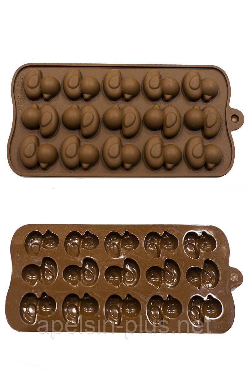 Силіконова форма для цукерок Качечки на 15 осередків