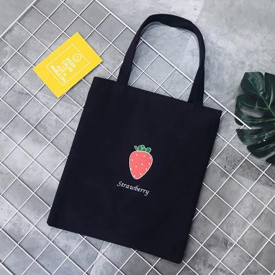 Эко-сумка черная с клубникой