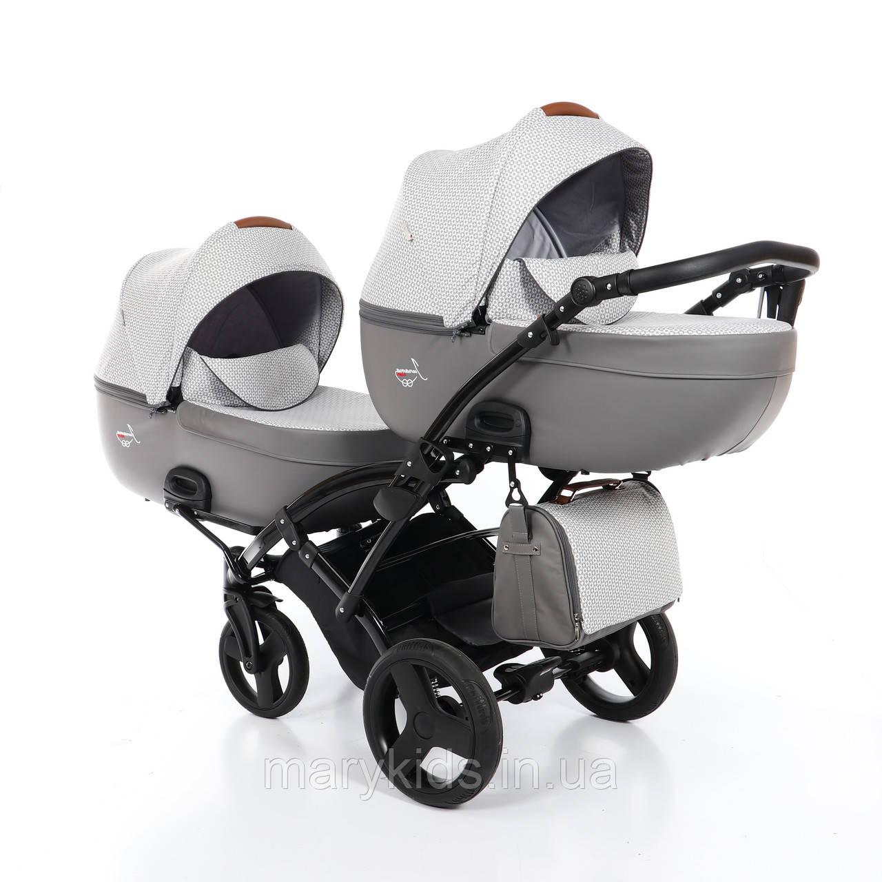 Детская универсальная коляска для двойни Junama Madena Duo Slim