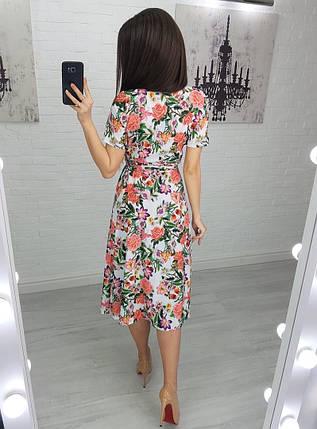 Платье женское разноцветные цветы на белом размеры S, M, L., фото 2