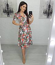 Платье женское разноцветные цветы на белом размеры S, M, L., фото 3