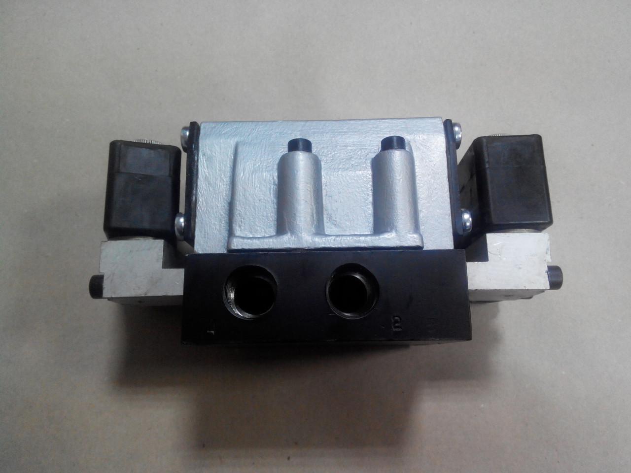 Пневмораспределитель 5РМ 232-83-0-1 Г24, А110 В220