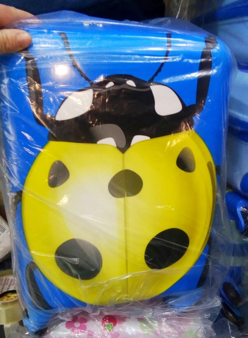 Детский чемодан на колёсах пластиковый  дитячі валізи.
