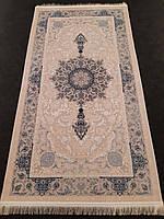 Персидский ковер 0,8х1,5 кремово-серого цвета из натурального бамбукового шелка производства Ирана