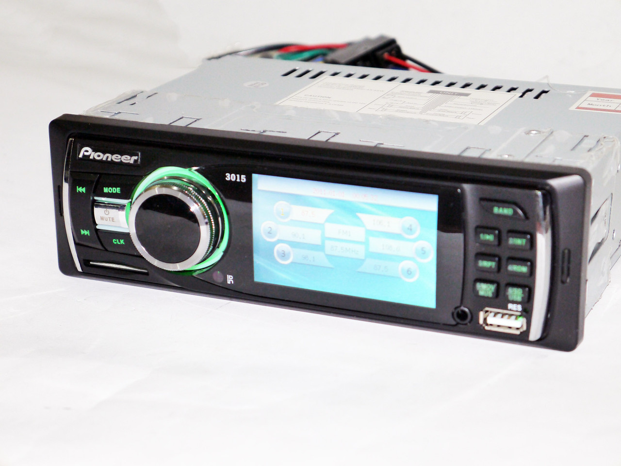"Автомагнитола Pioneer 3015 - 3"" TFT DIVX/MP4/MP3"