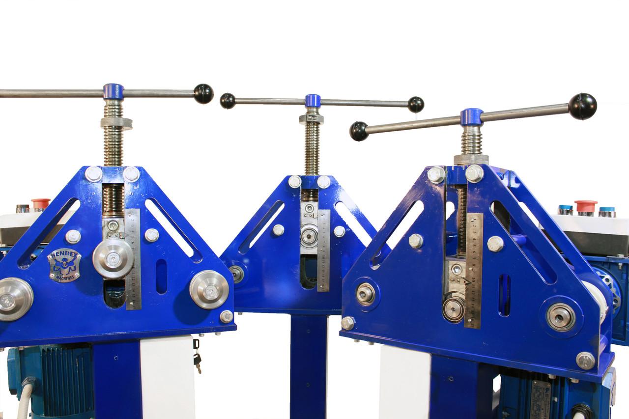 Трубогиб электрический Гермес 1м. Профилегиб с электроприводом.