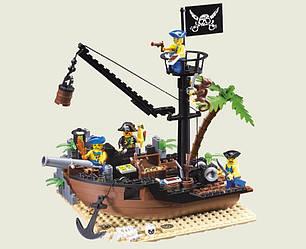 Конструктор Brick 306 Пиратский корабль 178 деталей