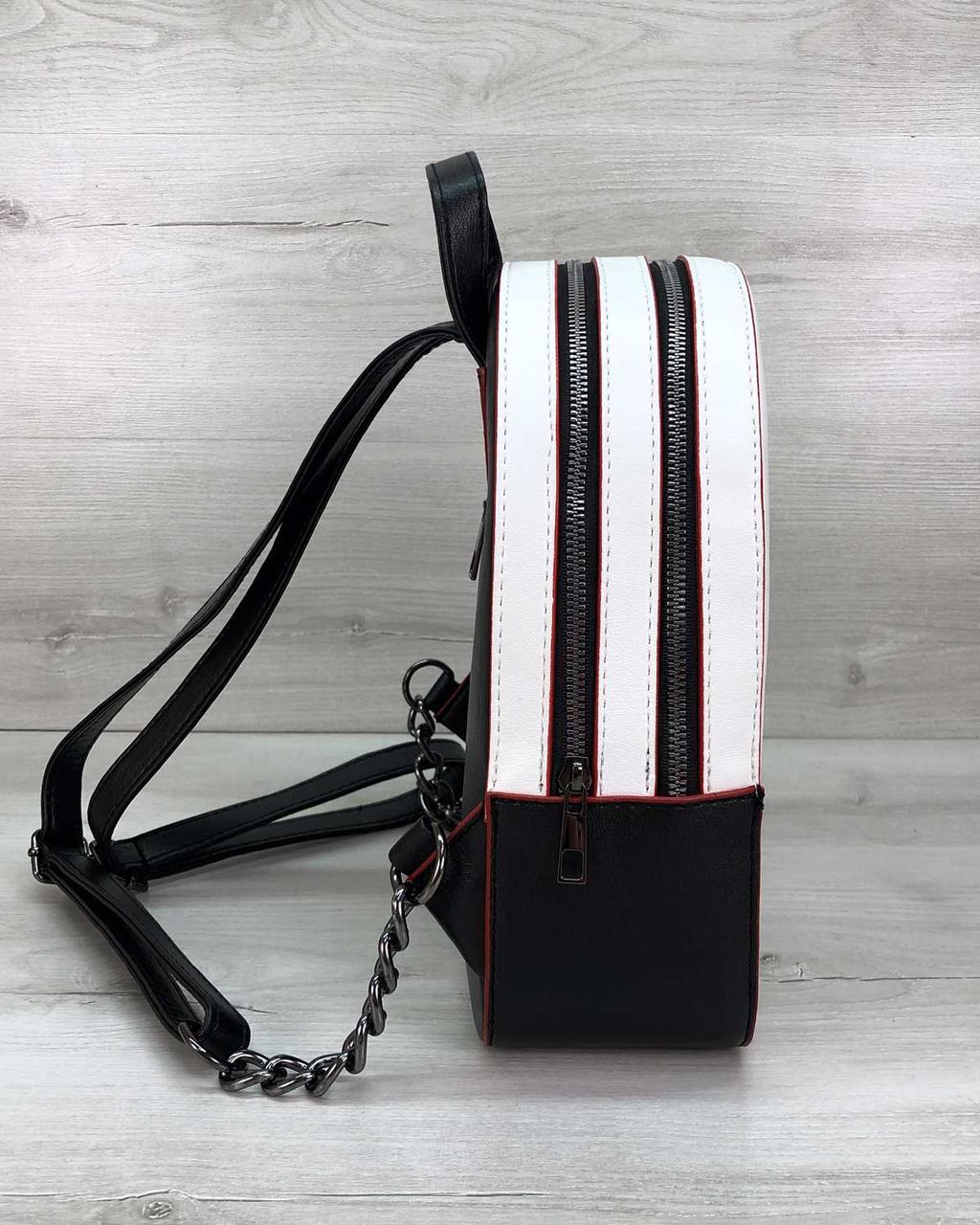 Рюкзак черно-белый с красным