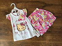 Яркий летний костюм для девочки с шортами и футболкой