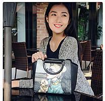 Женская сумка через плечо с принтом девушки