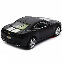Машинка модель Автопром Chevrolet Самого (Шевроле Камаро) чорно-білий, 15 см (68335), фото 5
