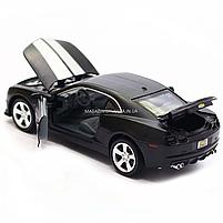 Машинка модель Автопром Chevrolet Самого (Шевроле Камаро) чорно-білий, 15 см (68335), фото 6