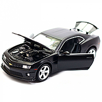 Машинка модель Автопром Chevrolet Самого (Шевроле Камаро) чорно-білий, 15 см (68335), фото 8