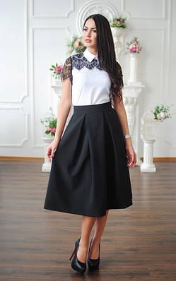 Легкая блуза с кружевом